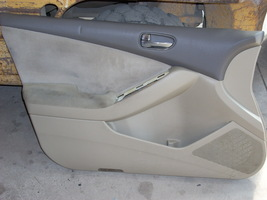 2009 NISSAN ALTIMA LEFT FRONT DOOR TRIM PANEL