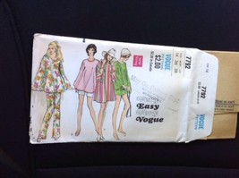 1970 Vogue Pattern #7792 Flared Pullover Top Mini Dress Bell Slv Pants 1... - $17.33