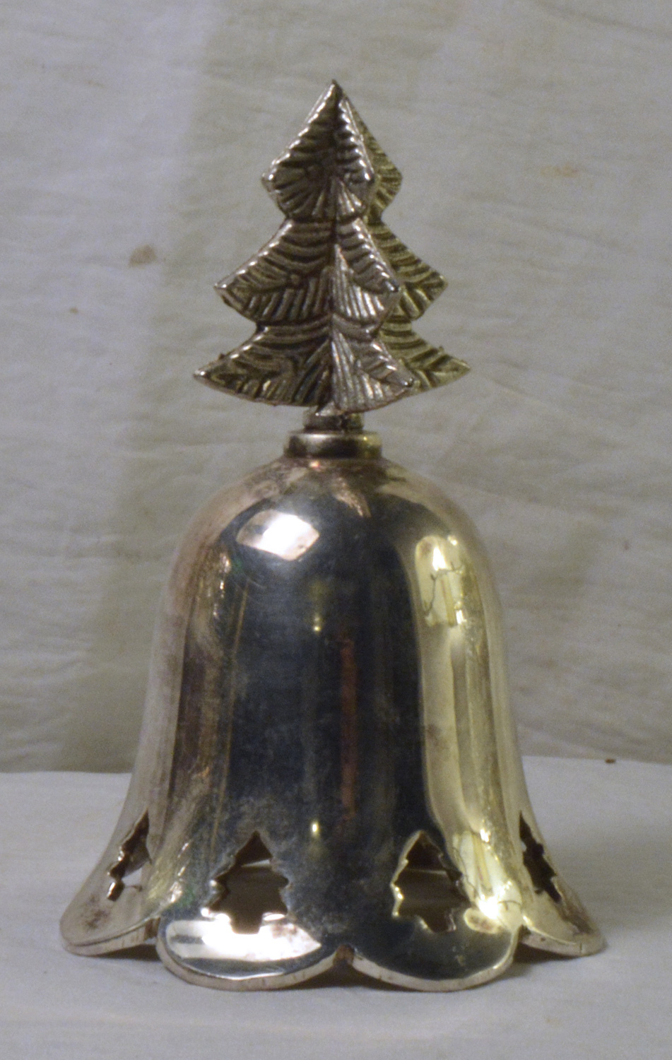 #0901 Silver Christmas Tree Bell