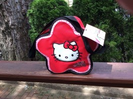 HELLO KITTY LUNCHBOX - $8.05
