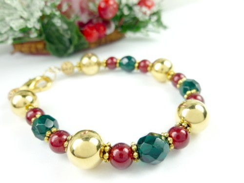 Gold green and red beaded holiday christmas bracelet e3948624 1
