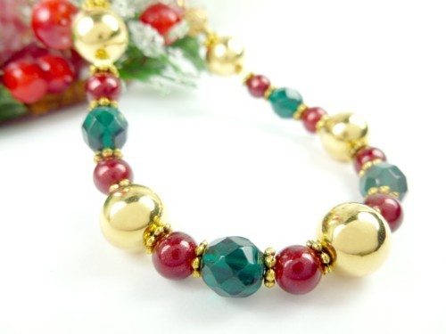 Gold green and red beaded holiday christmas bracelet 6c322945 1