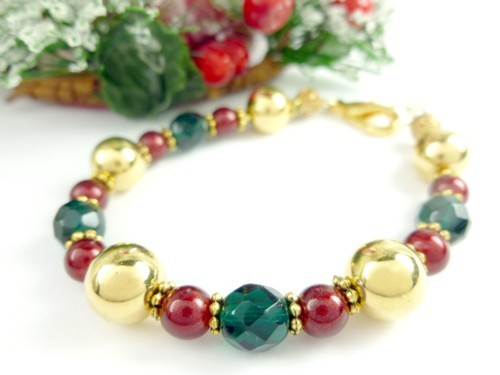 Gold green and red beaded holiday christmas bracelet 2864a9e4 1