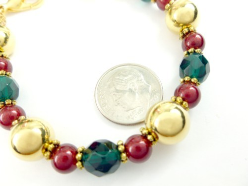 Gold green and red beaded holiday christmas bracelet 9502c2b3 1