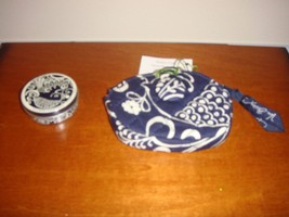 Vera Bradley Twirly Bird Navy Button Coin And SugarFree Mints - $32.99