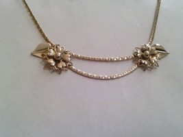 Floral Gold Tone Vintage Festoon Choker Necklace - $24.00