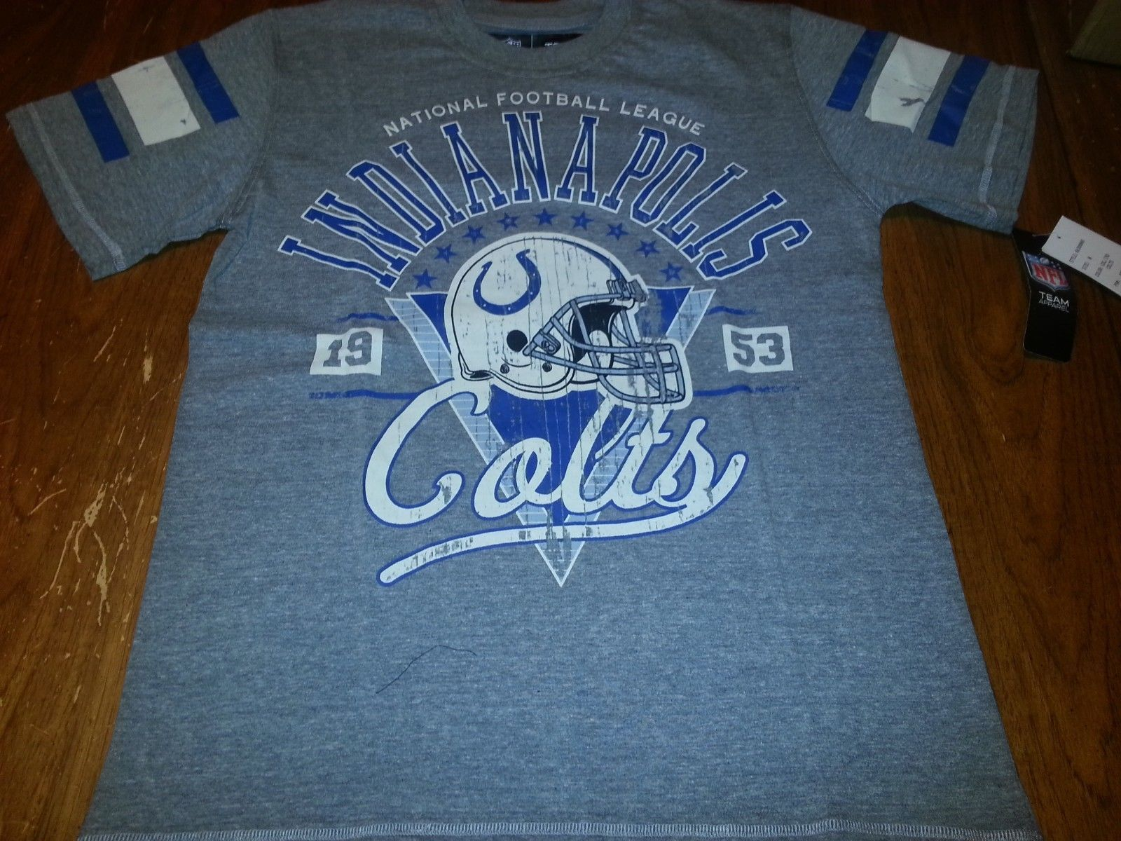 ee5589e5 New Indianapolis Colts Vintage Shirt Nfl and 50 similar items