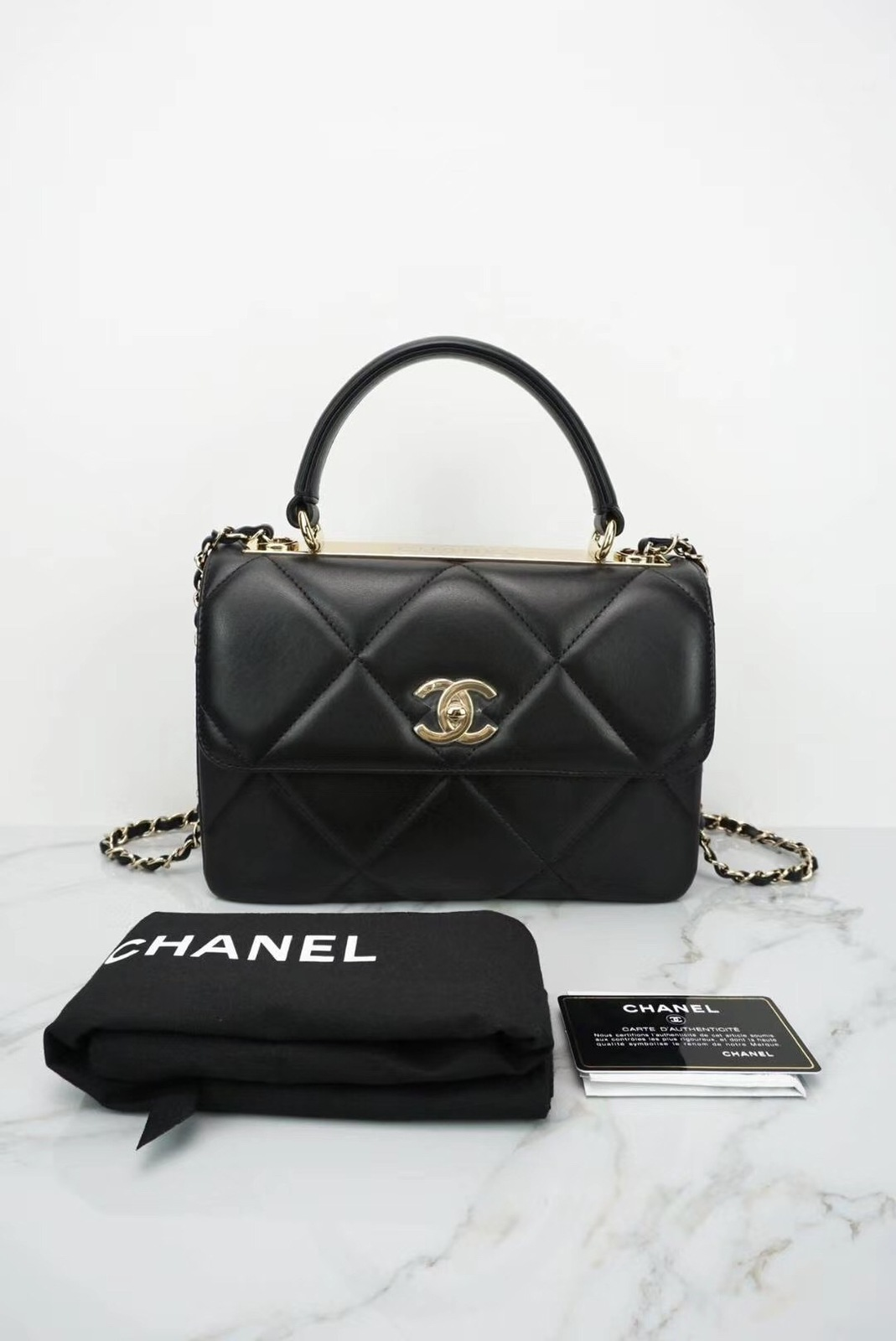 AUTH NEW CHANEL BLACK DIAMOND QUILTED LAMBSKIN TRENDY CC HANDLE FLAP BAG