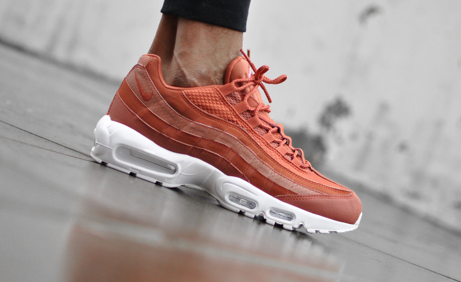 Nike Air Max 95 Premium SE Trainers In Orange 924478-200 cheap sale cheap purchase for sale free shipping best place clearance cheap online Visvg1