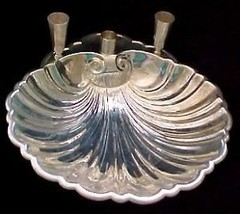 BEAUTIFUL SILVERPLATE BOWL WITH 3 CANDLEHOLDERS... - $8.91