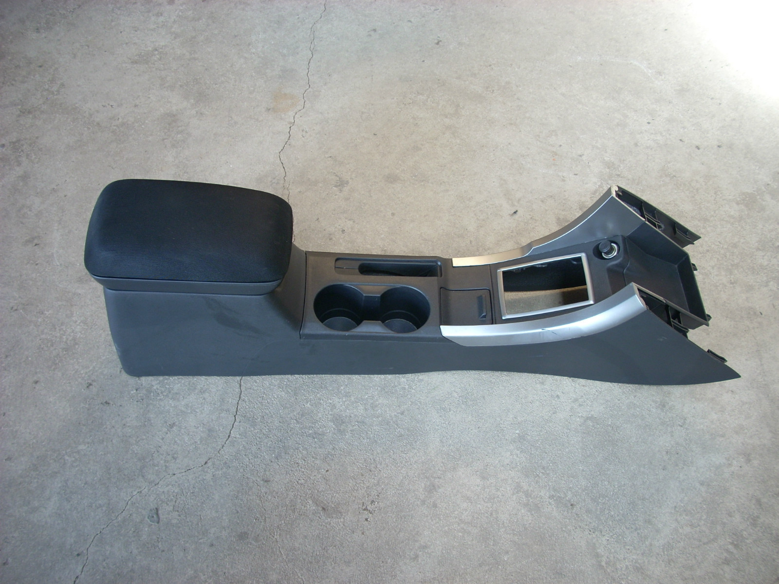 2008 SCION TC CENTER CONSOLE