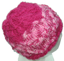 Bright Pink Hand Knit Hat with Multicolor Pink Cable - €21,18 EUR