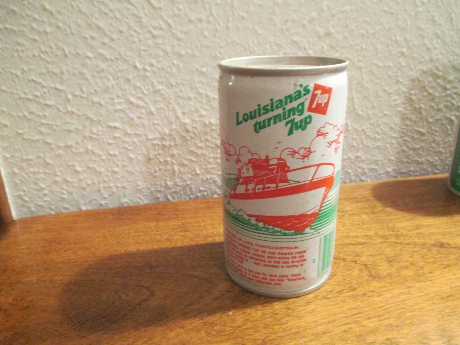 Primary image for Louisiana LA Turning 7up vintage pop soda metal can Lake Pontchartrain