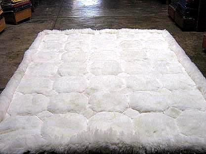 White alpaca fur rug with Octagon designs, from Peru 80 x 60 cm Alpakaandmore