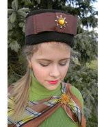 Brown Vintage Pillbox Hat with large Jeweled Gr... - $9.99