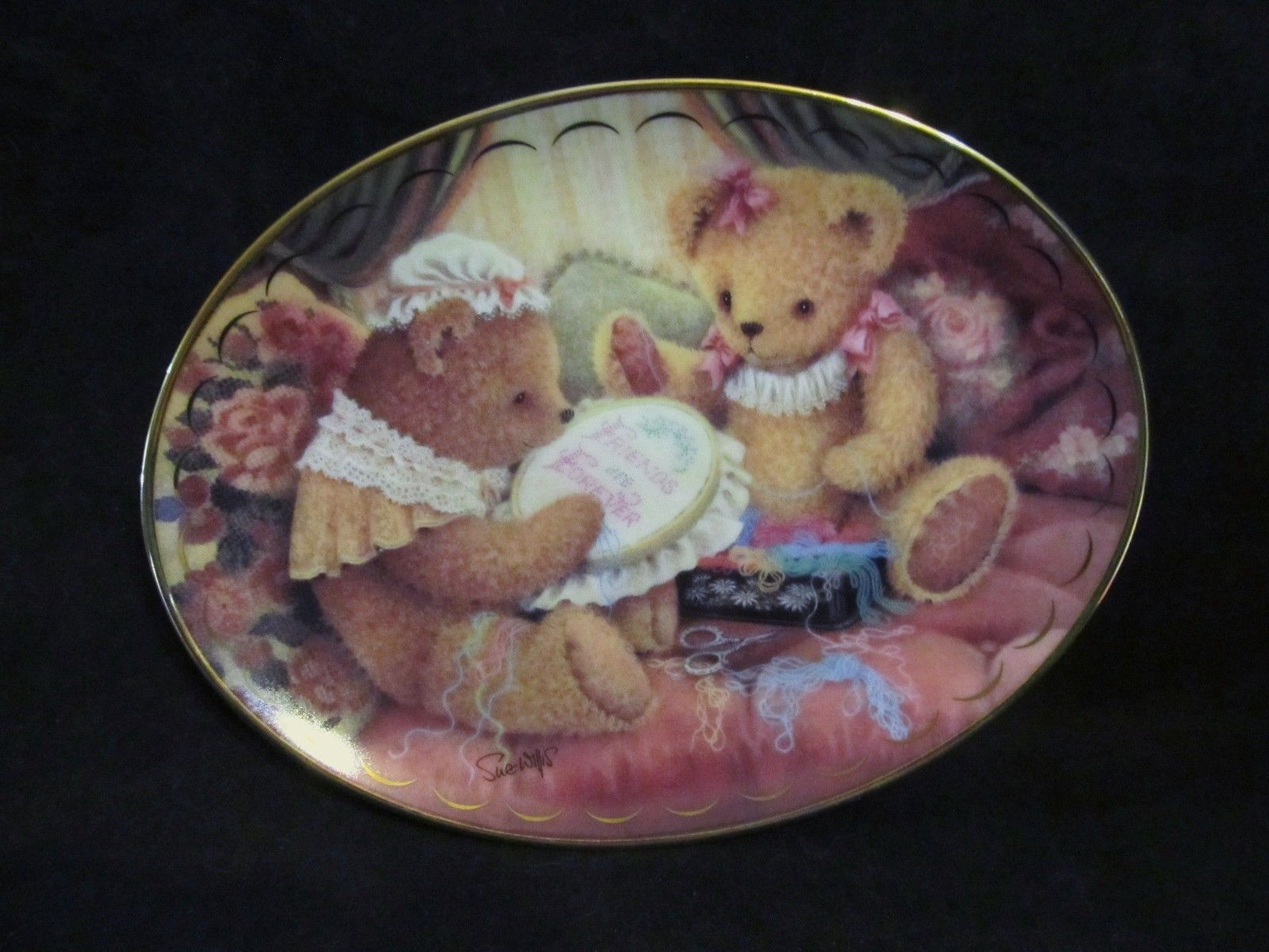 "Sue Willis's ""Friends Are Fur-ever"" in The Victorian Teddy Bears Collection"