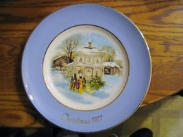 "Avon ""Christmas ,1977 & 1979 Collector Plates - $28.04"