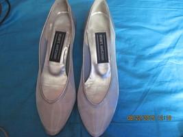 Stuart Weitzman Women's Mesh Slip On shoes  size 7 B  - $35.00