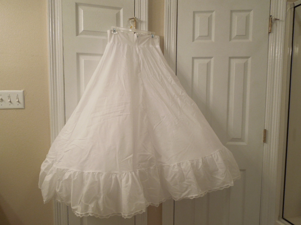 b0dedc833d121 Wedding Petticoat Slip Davids Bridal Used and 50 similar items