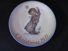 "Schmid "" 1971 Christmas Plate by Sister Berta Hummel ""  - $18.68"