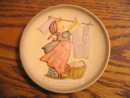 """Hummels Little Homemakers Series """"Wash Day"""" Mini Plate - $25.23"""