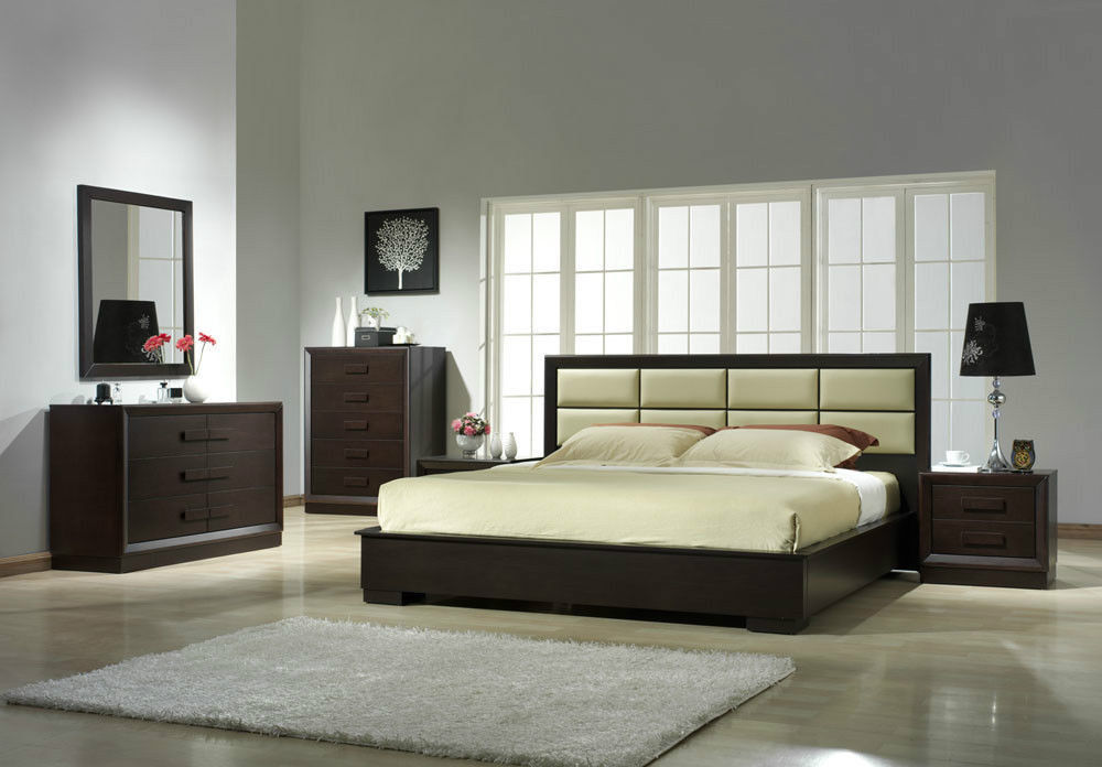 J&M Chic Modern Boston Beige Leather & Brown Finish Platform Bed Queen Size