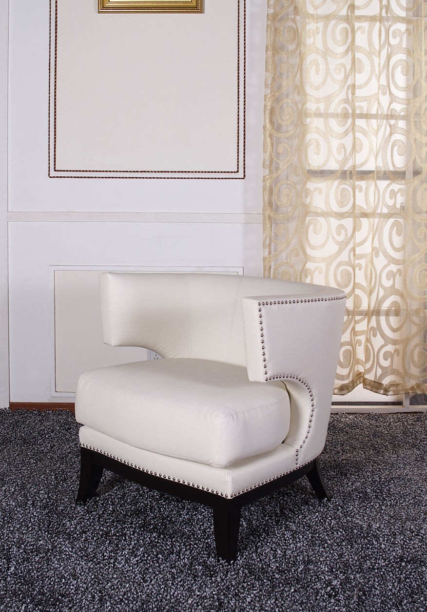 Eclipse Club Chair, Crème Vinyl With Nailhead Accents And Espresso Wood Finish.
