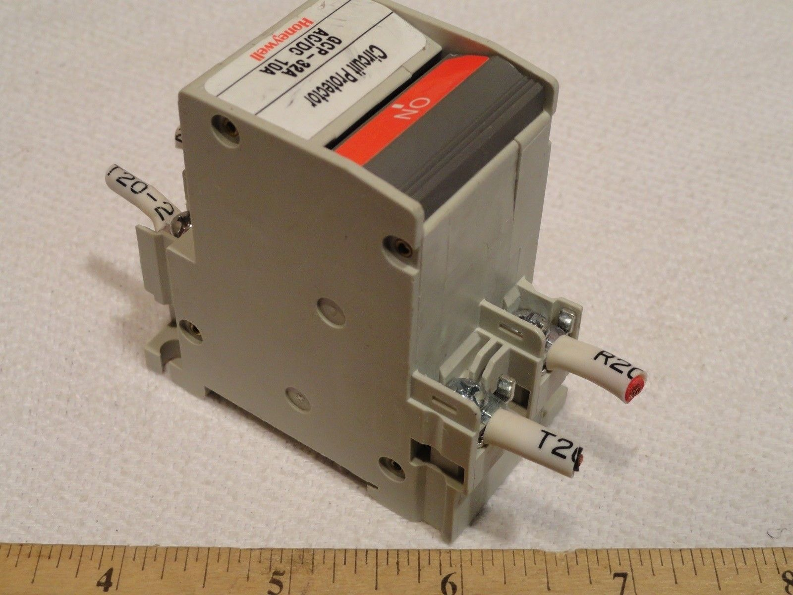 Honeywell 10a Gcp 32a Circuit Protector Fuse And 50 Similar Items Details About Siemens 5sx21 C5 230 400v 5 Amp Breaker 2 Pole Jk02001 7003 220vac