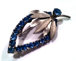 Something BLUE Rhinestones Leave Shine FLORAL Pin Brooch 3D Authentic Vintage Je - $10.00