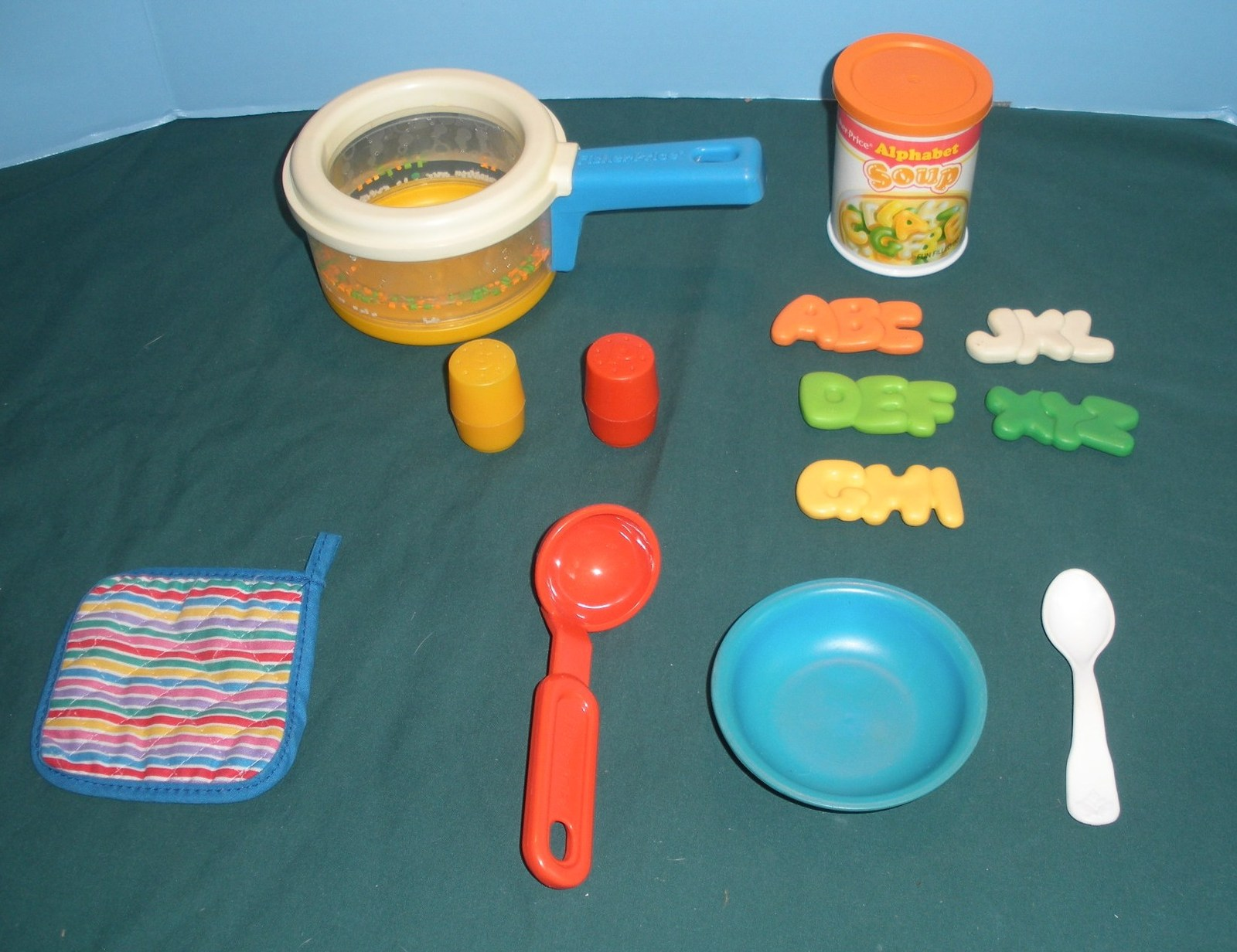 Primary image for Vintage Fisher Price Fun-with-Food #2111 Simmering Saucepan Comp/EXC++-NR MINT F