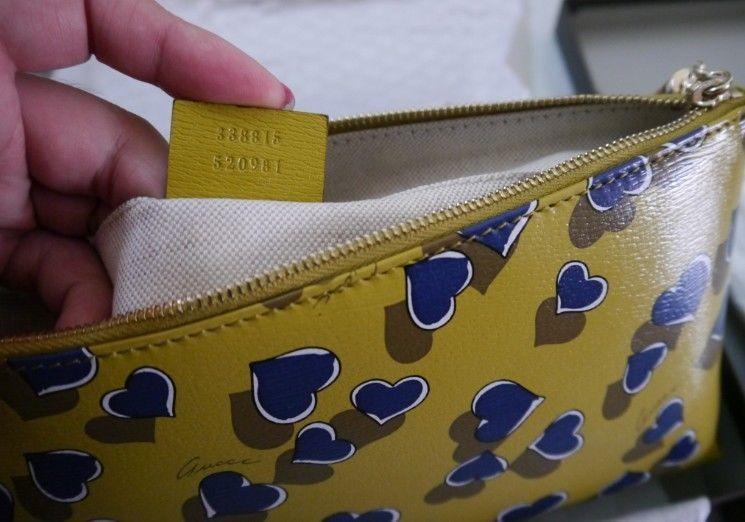 da1d64ba009 NIB 100% AUTH Gucci Heartbeat flora printe Leather Pouch Bag Tassel 338815