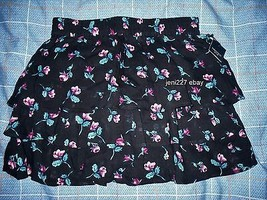 Forever 21 Tiered Floral Mini Skirt Black S - $10.69