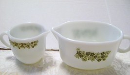 Pyrex Spring Blossom Green Crazy Daisy Gravy Bowl & Creamer - $15.00