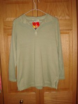 Fresh Produce Top S Sage Classic Knit Top NWT - $15.99