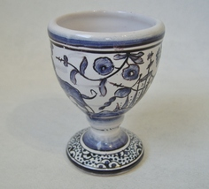 Egg Cup Estrela De Conimbriga Portugal Pottery Vintage Floral Flowers Do... - $50.00