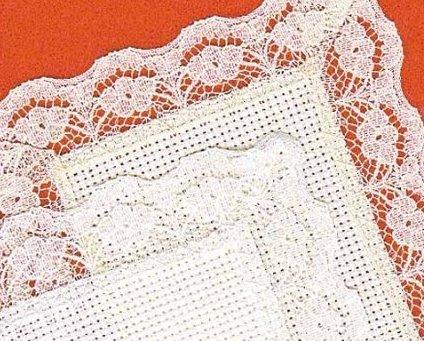 White Lace Bookmark 18ct aida lace edge Janlynn