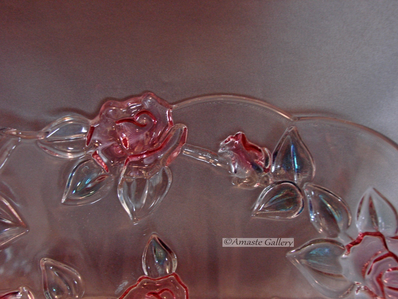 Mikasa Centerpiece Table Bowl with Raised Roses and Leaves image 3