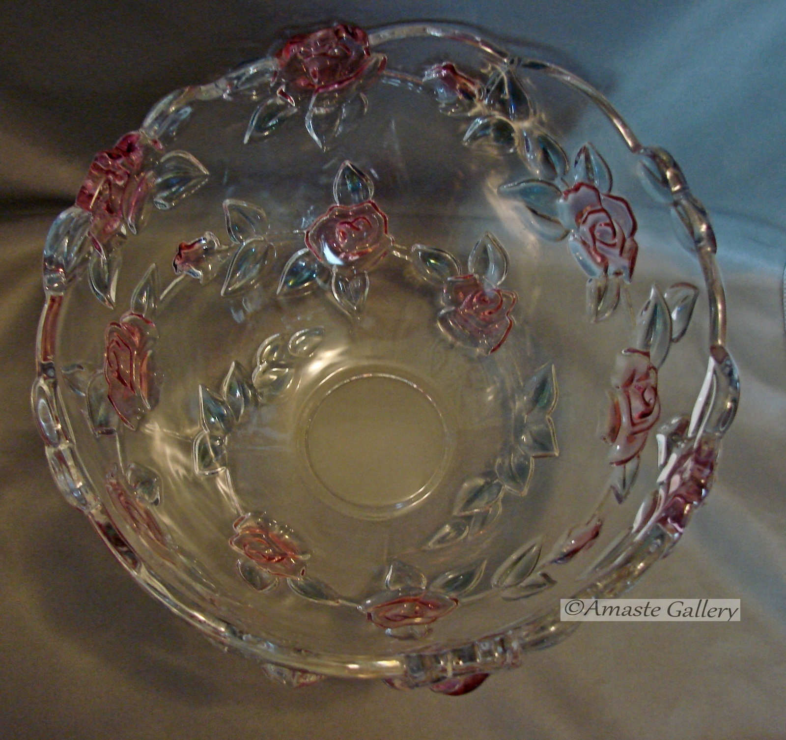 Mikasa Centerpiece Table Bowl with Raised Roses and Leaves image 4