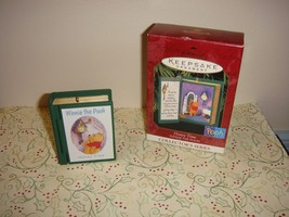 Hallmark 1999 Ornament Honey Time 2nd In Winnie The Pooh Series - $11.39
