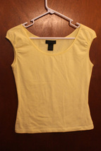 The Limited Yellow Cap Sleeve T-Shirt - Size Juniors Small - $7.99
