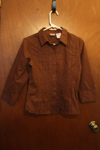 No Boundaries 3/4 Sleeve Brown Button Down Blouse - Size Juniors Small (3/5) - $9.99
