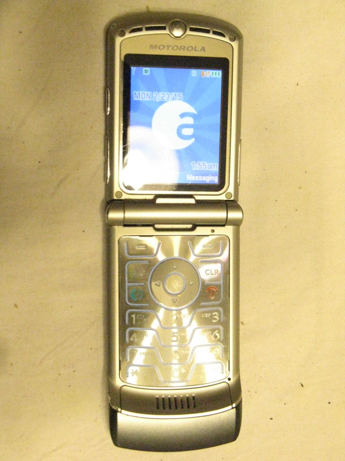 Silver Color Motorola RAZR V3 Phone (ALLTEL) - Cell Phones ...