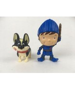 Fisher Price Mike the Knight Mike & Yap Dog Plastic Figures Toys 2012 - $2.31