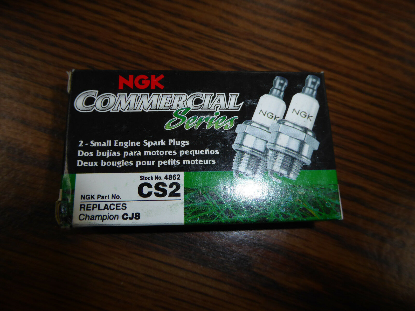 4 NGK CS2 Spark Plugs Replaces CJ8