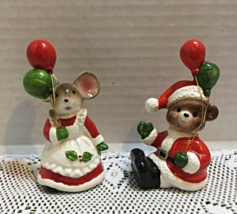 Pair of Vintage Christmas Critters With Balloons Santa Bear and Mrs. Cla... - $12.00