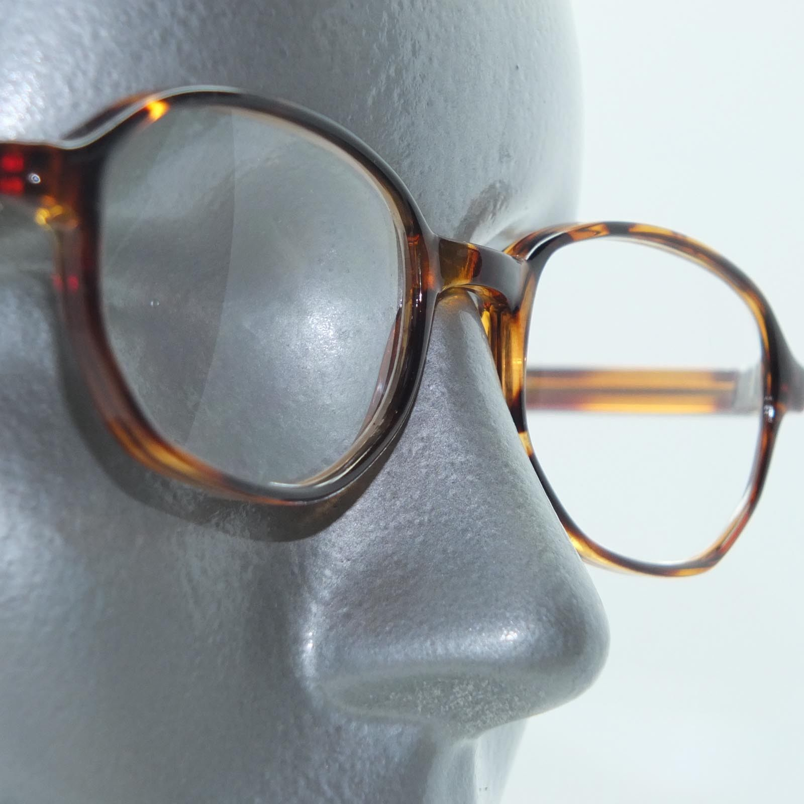 Reading Glasses Tortoise Polished Octagon Vintage Style +3.00 Lens Strength