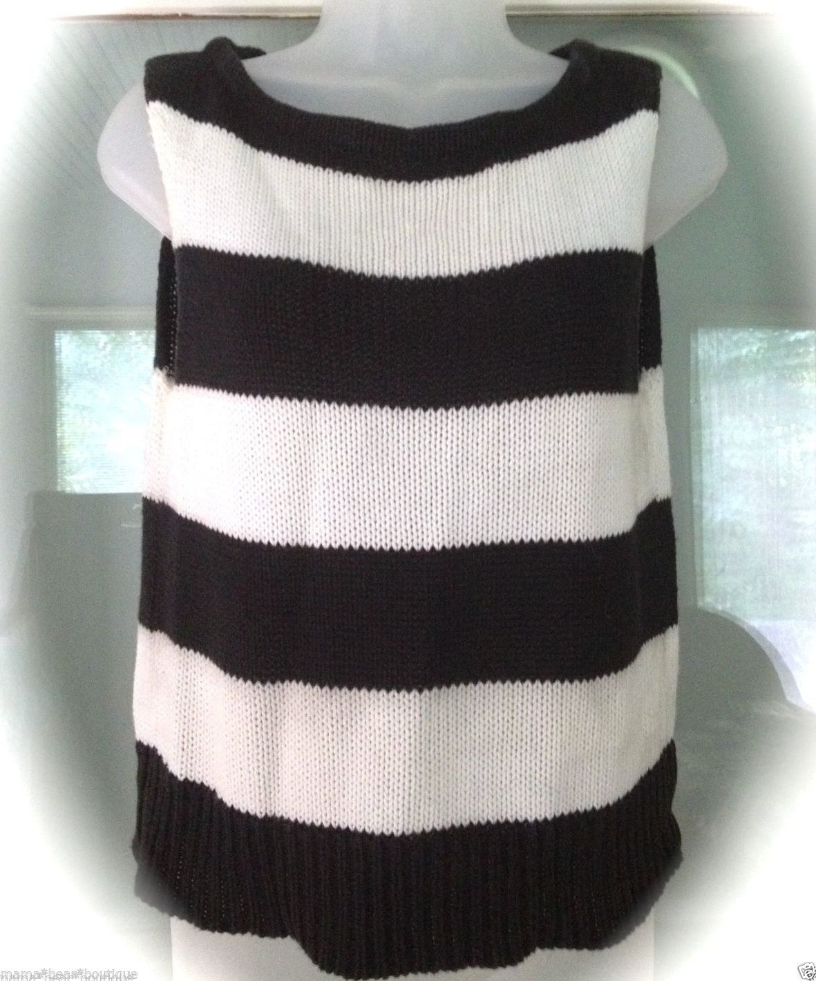Newport News Navy Blue Striped Sweater Women Size M Sleeveless Vest - $13.85
