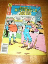 Archie At Riverdale High Series Vintage 76 October 1980 Coach Squeeze Play - $4.94
