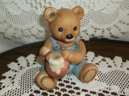 Home Interior/Homco porcelain figurine Bear with honey - $4.95