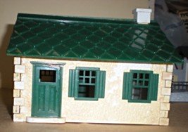 HO House Trains Structure   - $5.25